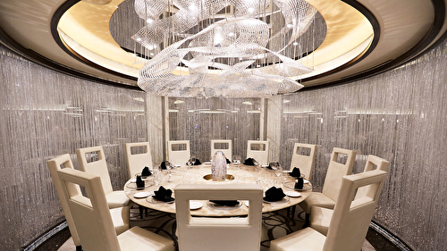 Chefs Table Lumiere