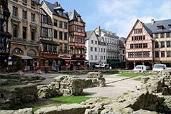 the Joan of Arc square in Rouen, River Seine