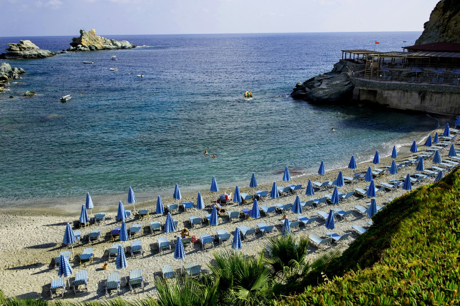 Heraklion's Ligari beach