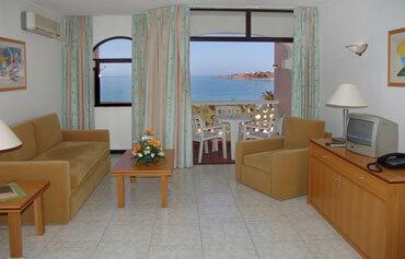 Monica Isabel Hotel