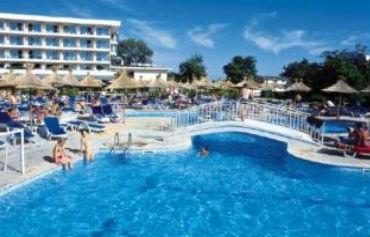 Evrika Beach Club Hotel