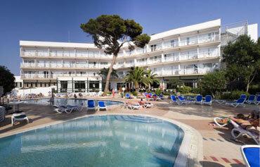Hi Cala Blanca Hotel