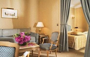 Rochester Hotel Paris Booking