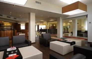 Smart Holiday Hotel