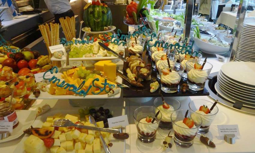 Emerald Star Buffet Lunch