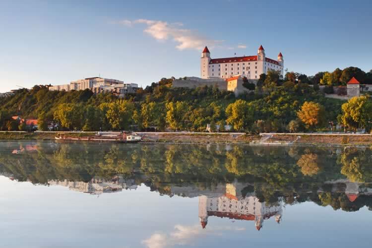 Bratislava, Slovika