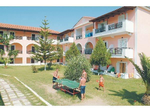 Dennys  inn Hotel