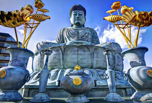 Visit the Big Buddha in Kobe