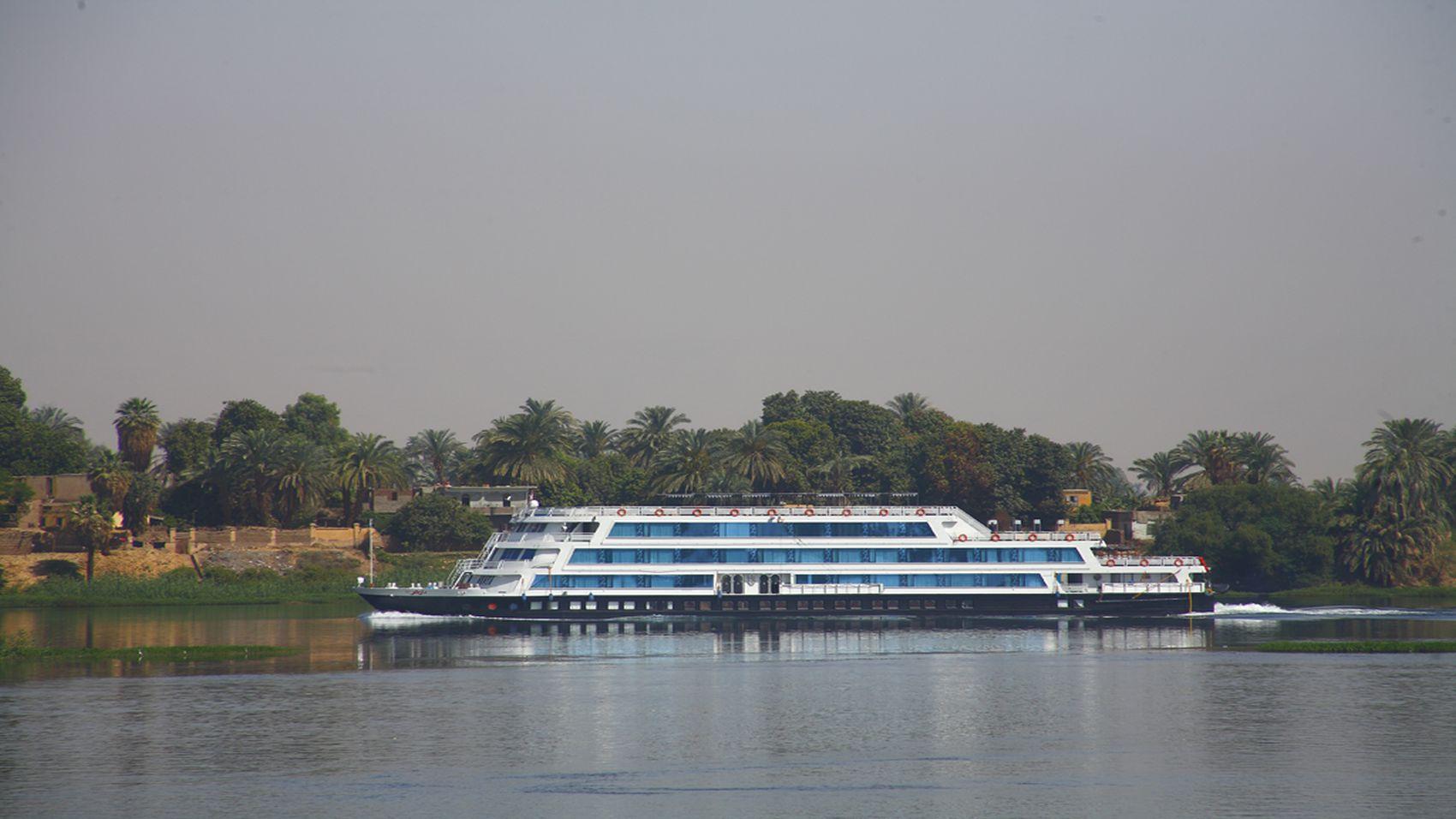 Darakum Nile Cruise Outside