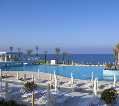5* King of Evelthon Beach Hotel