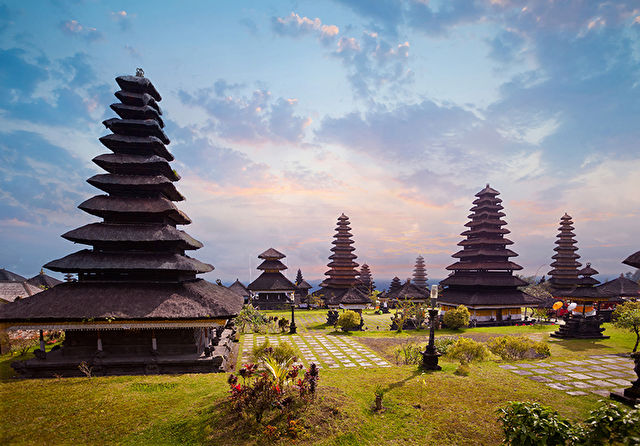 Singapore to Bali Stay & Cruise